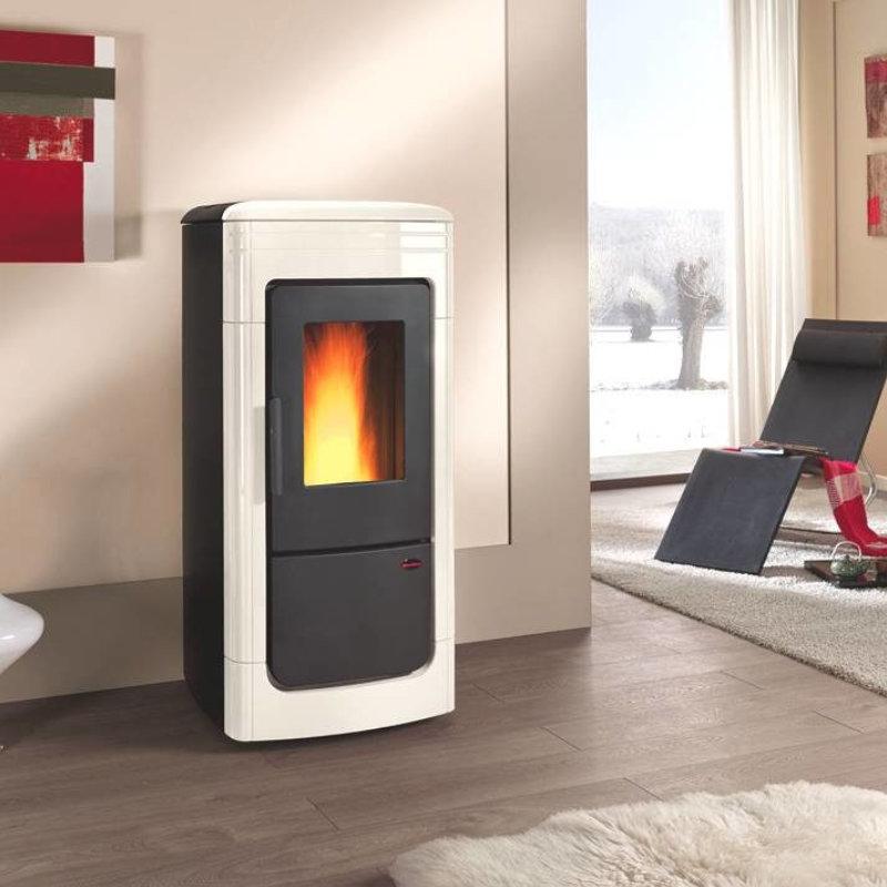 chauffage poeles bois poeles granul s insert bois ou granul s chaudi res. Black Bedroom Furniture Sets. Home Design Ideas